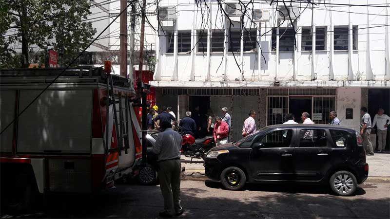 evacuaron el juzgado del crimen por una fuga de gas