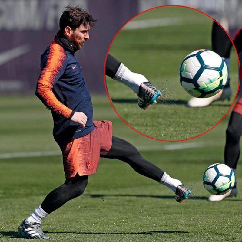 Messi cumple 17 años con el Barcelona