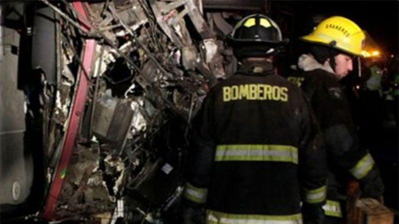 El micro desbarrancó en Chile con cerca de 50 personas en su interior