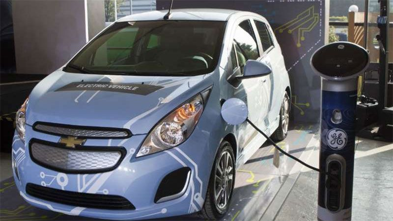 Los autos eléctricos ganan terreno en el mundo entero