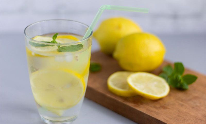 agua con limon beneficios en ayunas