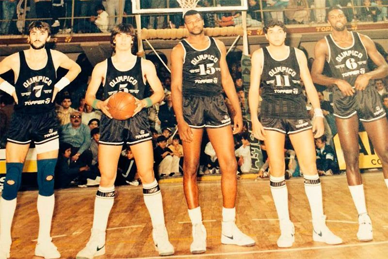Ricardo Rattone, Martín Ipucha, Phillip Lockett, Gustavo Gómez y Joel Thompson.