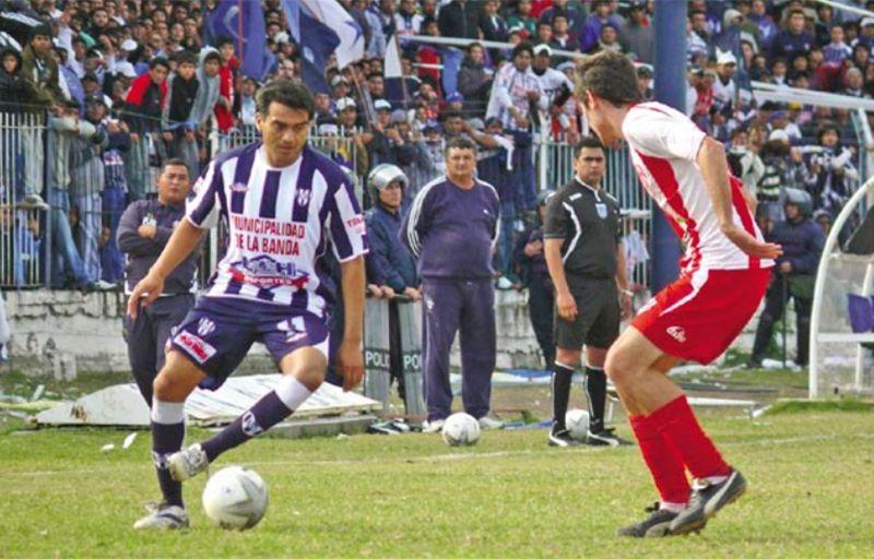 Mono Gonzalez, ídolo de Sarmiento. Foto: Pasión y Deporte.