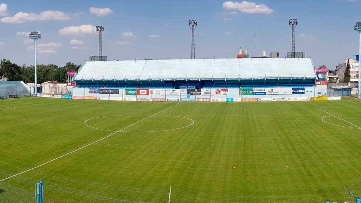 Estadio Antonio Candini.