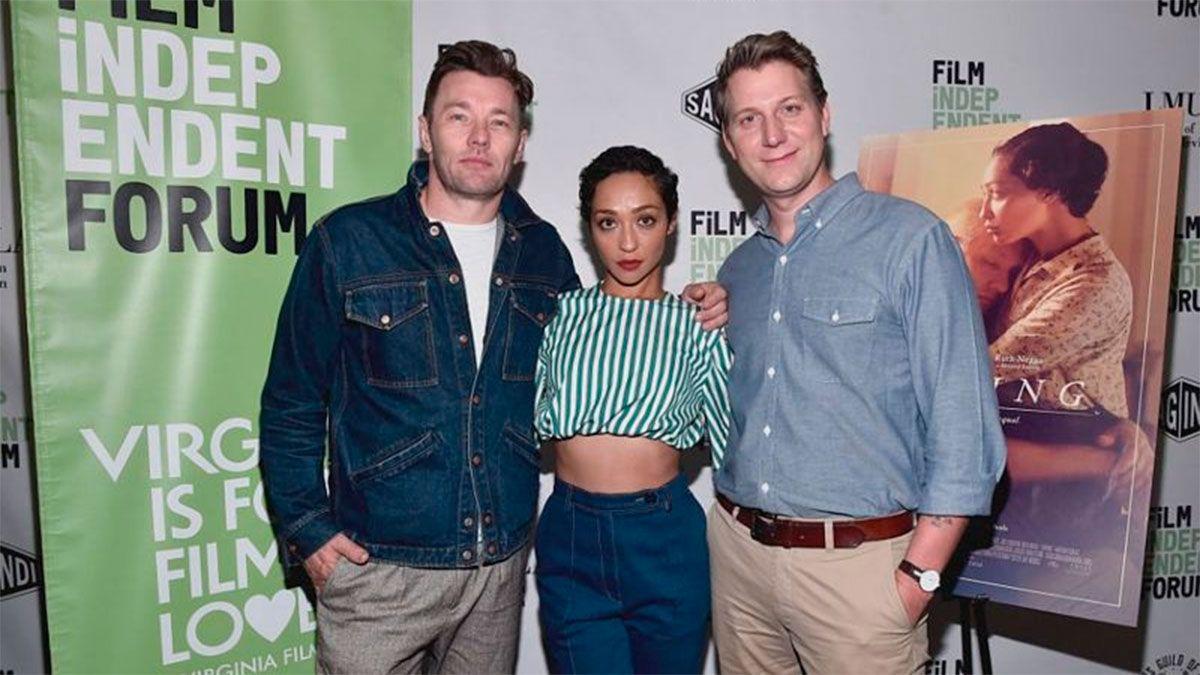 El director Jeff Nichols (derecha) llevó al cine la historia de los Loving, que fueron interpretados por Joel Edgerton y Ruth Negga.