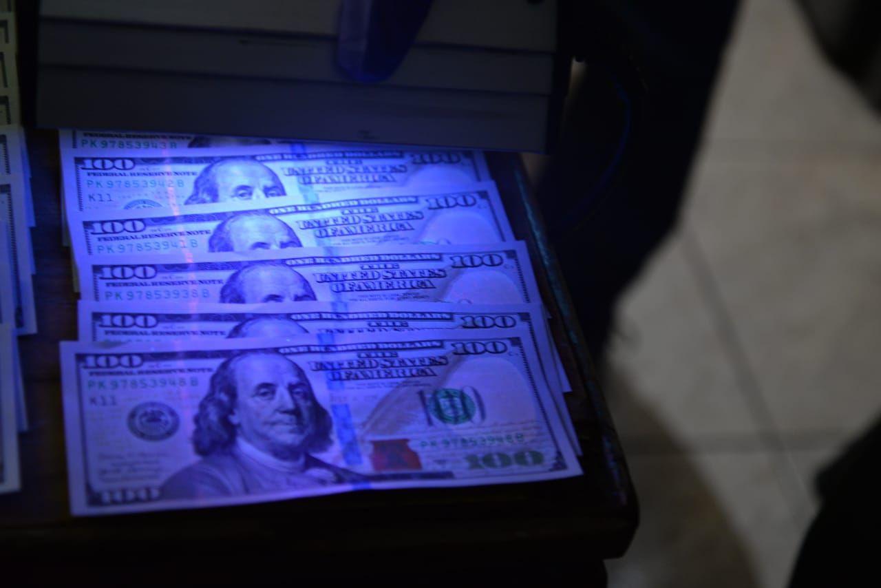 Dinero oculto.