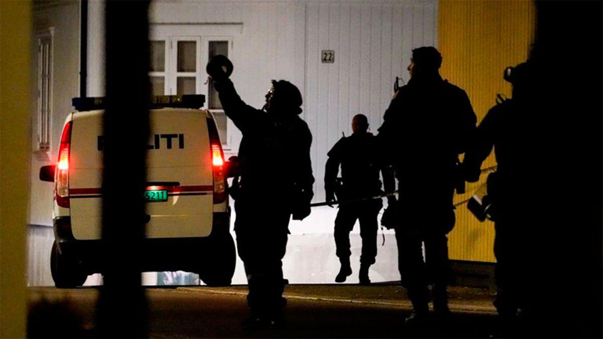 Policías en la escena
