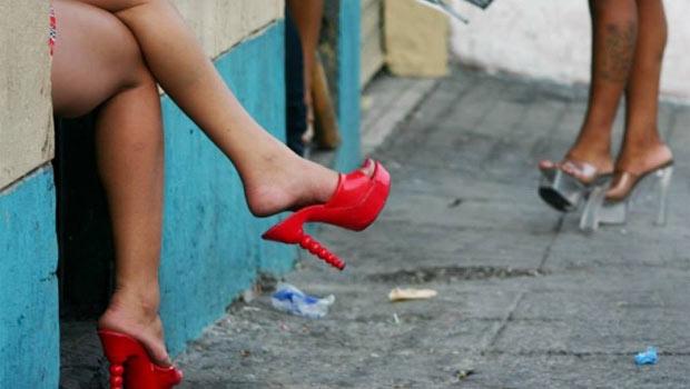 prostituta desnudez